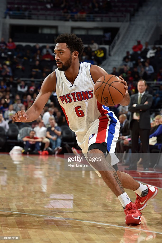 <a gi-track='captionPersonalityLinkClicked' href=/galleries/search?phrase=Darrun+Hilliard&family=editorial&specificpeople=8710176 ng-click='$event.stopPropagation()'>Darrun Hilliard</a> II #6 of the Detroit Pistons handles the ball against the Atlanta Hawks on October 23, 2015 at The Palace of Auburn Hills in Auburn Hills, Michigan.