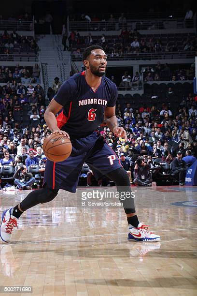 Darrun Hilliard of the Detroit Pistons handles the ball during the game against the Los Angeles Lakers on December 6 2015 at The Palace of Auburn...