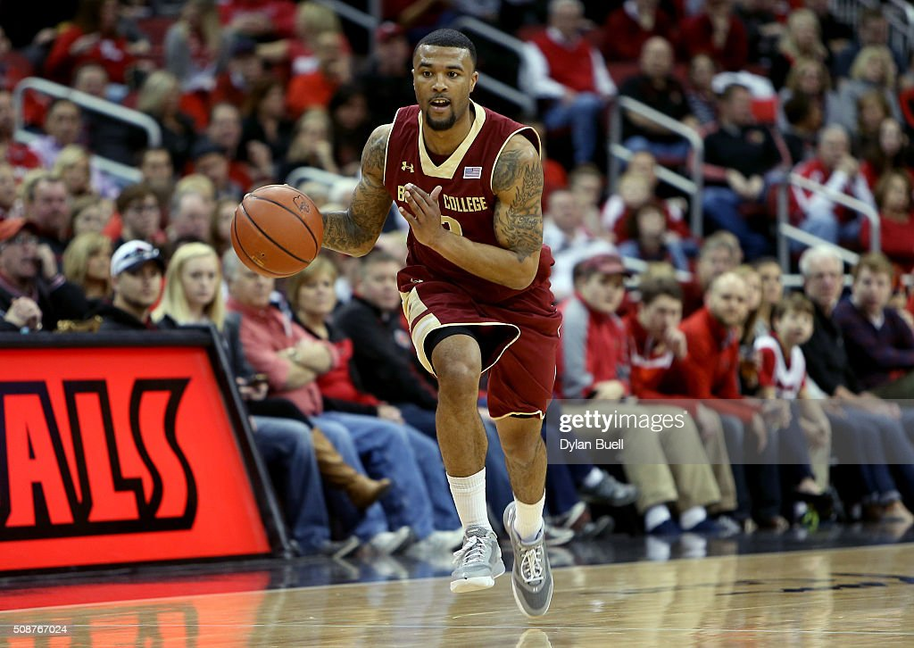 Darryl Hicks #2 of the Boston College Eagles dribbles with the ball during the first half against the Louisville Cardinals at KFC Yum! Center on February 6, 2016 in Louisville, Kentucky.
