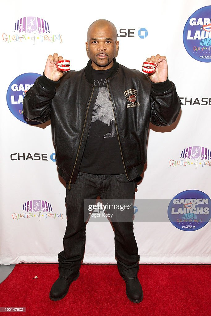 <a gi-track='captionPersonalityLinkClicked' href=/galleries/search?phrase=Darryl+McDaniels&family=editorial&specificpeople=175934 ng-click='$event.stopPropagation()'>Darryl McDaniels</a> attends 'Garden Of Laughs' benefit at Madison Square Garden on January 26, 2013 in New York City.