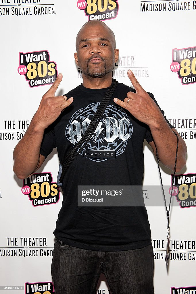<a gi-track='captionPersonalityLinkClicked' href=/galleries/search?phrase=Darryl+McDaniels&family=editorial&specificpeople=175934 ng-click='$event.stopPropagation()'>Darryl McDaniels</a> attends the 'I Want My 80's' concert at The Theater at Madison Square Garden on November 6, 2015 in New York City.