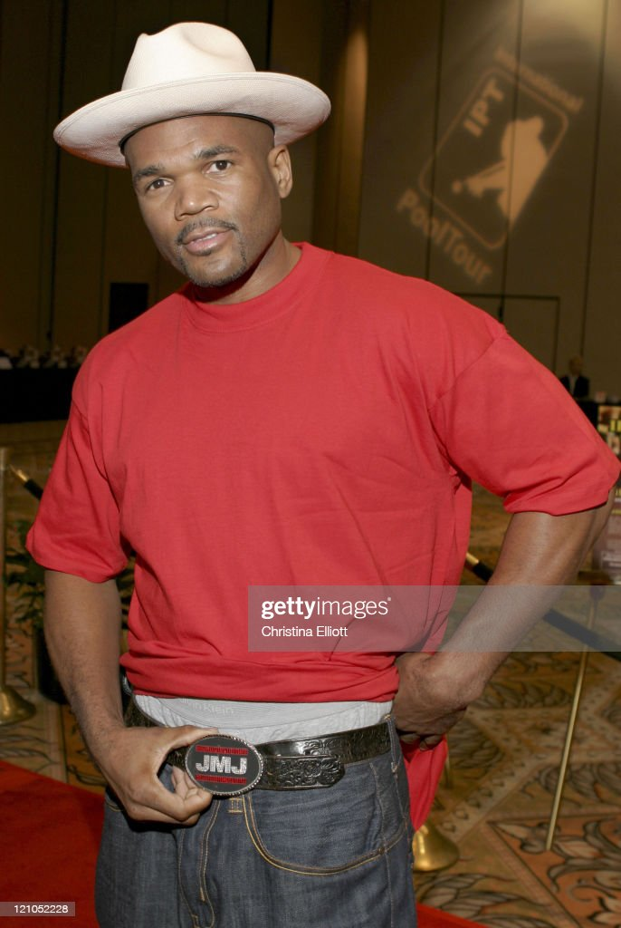 <a gi-track='captionPersonalityLinkClicked' href=/galleries/search?phrase=Darryl+McDaniels&family=editorial&specificpeople=175934 ng-click='$event.stopPropagation()'>Darryl McDaniels</a> of RUN DMC during International Pool Tour World 8-Ball Championship - August 20, 2005 at Mandalay Bay Resort & Casino in Las Vegas, Nevada, United States.