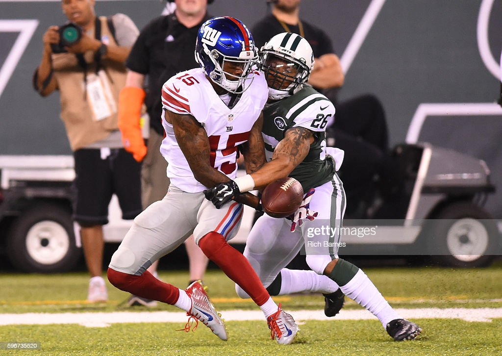 Darryl Morris #26 of the New York Jets breaks up a pass intended for Tavarres King #15 of the New York Giants during the fourth quarter at MetLife Stadium on August 27, 2016 in East Rutherford, New Jersey. Morris would be called for pass interference on the play. The Giants defeated the Jets 21-20.