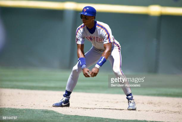 Darryl Strawberry of the New York Mets gets ready to run on a play during a season game in August of 1990