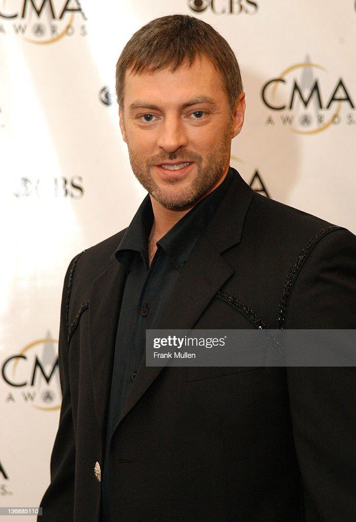 37th Annual CMA Awards - Arrivals