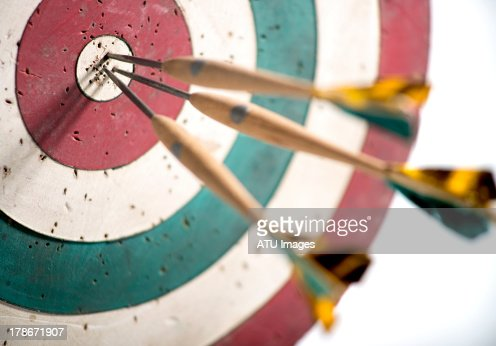 Dart board with selective focus