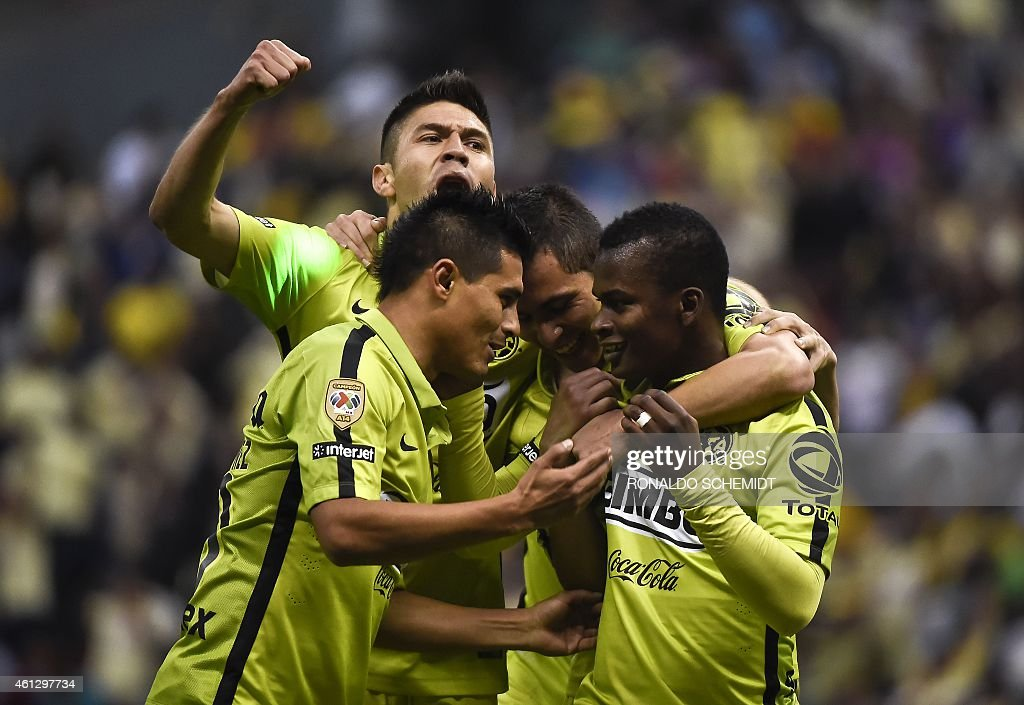 Darwin Quintero of America celebrates with teammates his goal against Leon during their Mexican Clausura tournament football match at the Azteca...