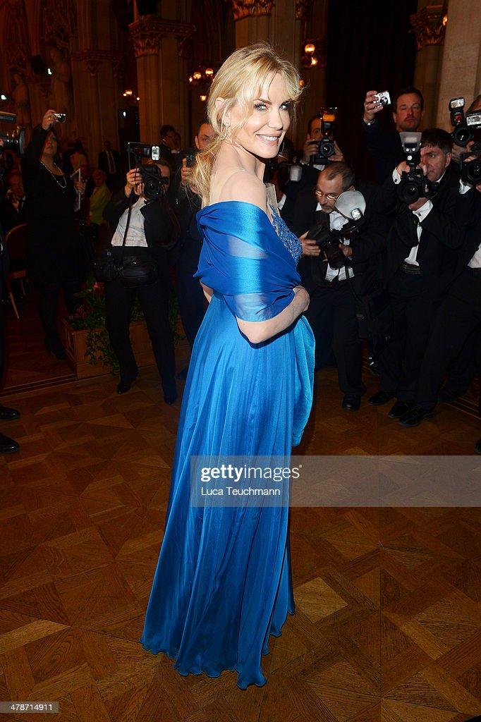 <a gi-track='captionPersonalityLinkClicked' href=/galleries/search?phrase=Daryl+Hannah&family=editorial&specificpeople=201860 ng-click='$event.stopPropagation()'>Daryl Hannah</a> attends the 5th Filmball Vienna at City Hall on March 14, 2014 in Vienna, Austria.