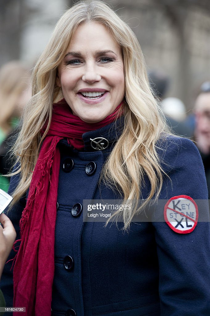 Daryl Hannah protests against Keystone XL Pipeline at Lafayette Park on February 13, 2013 in Washington, DC.