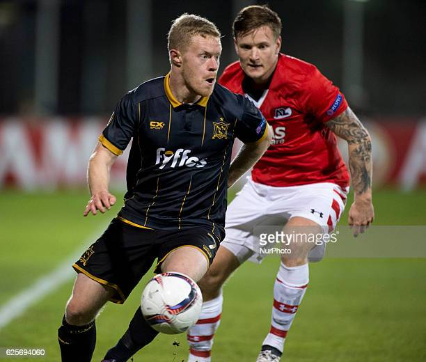 Daryl Horgan of Dundalk with the ball during the UEFA Europa League Group D match between Dundalk FC and AZ Alkmaar at Tallaght Stadium in Dublin...