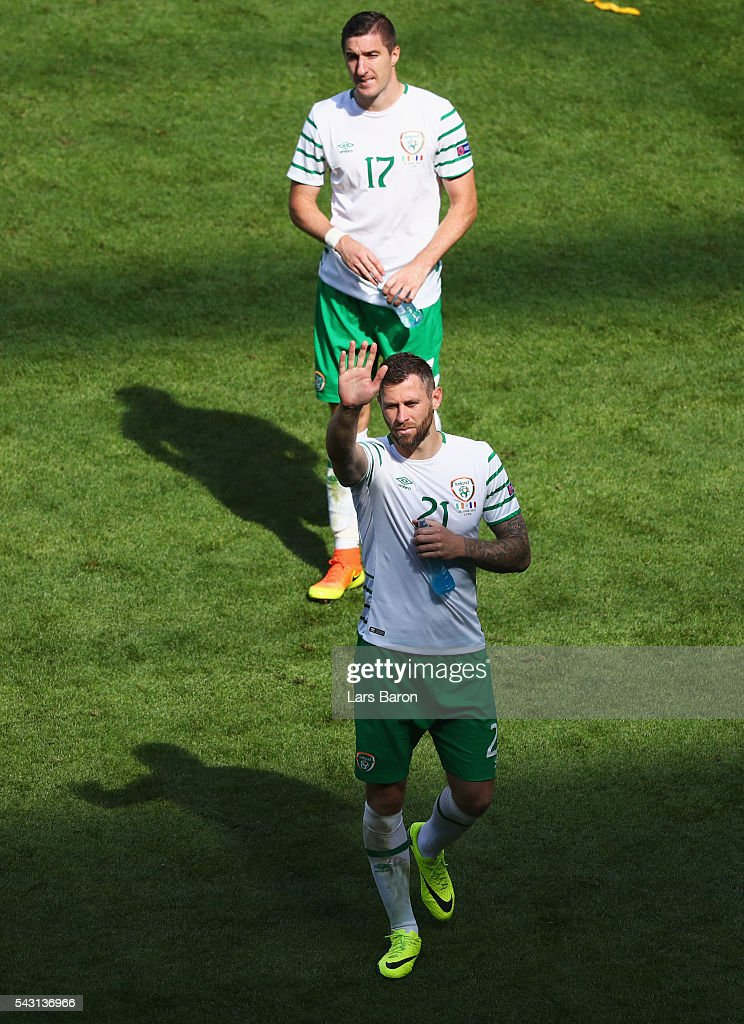 <a gi-track='captionPersonalityLinkClicked' href=/galleries/search?phrase=Daryl+Murphy&family=editorial&specificpeople=658367 ng-click='$event.stopPropagation()'>Daryl Murphy</a> (bottom) and <a gi-track='captionPersonalityLinkClicked' href=/galleries/search?phrase=Stephen+Ward+-+Soccer+Player&family=editorial&specificpeople=13503310 ng-click='$event.stopPropagation()'>Stephen Ward</a> (top) of Republic of Ireland show their dejection after their team's 1-2 defeat in the UEFA EURO 2016 round of 16 match between France and Republic of Ireland at Stade des Lumieres on June 26, 2016 in Lyon, France.