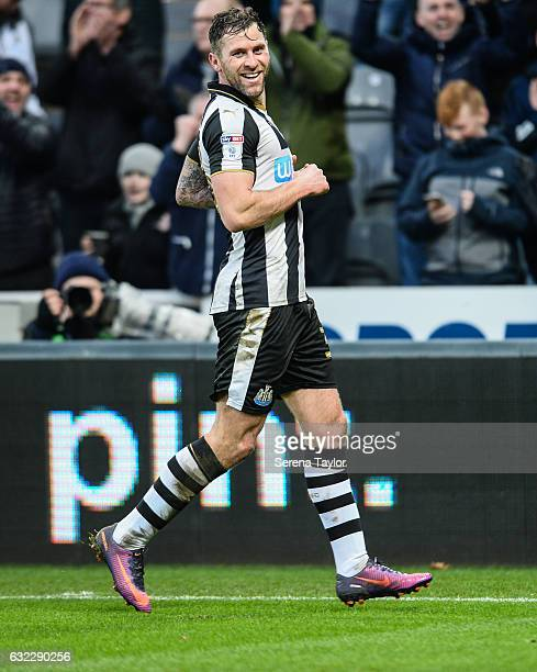 Daryl Murphy of Newcastle United celebrates after scoring the opening goal during the Sky Bet Championship match between Newcastle United and...