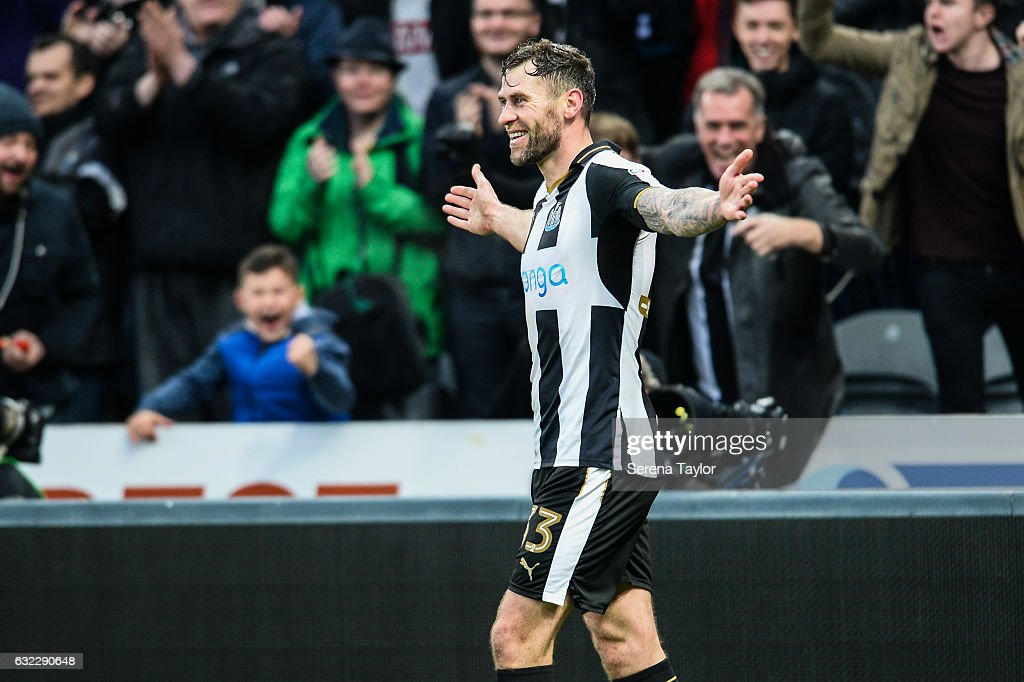 Daryl Murphy of Newcastle United (33) celebrates after scoring the opening goal during the Sky Bet Championship match between Newcastle United and Rotherham United at St.James'Park on January 21, 2017 in Newcastle upon Tyne, England.
