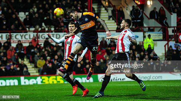 Daryl Murphy of Newcastle United scores Newcastle's second goal during the Championship Match between Brentford and Newcastle United at Griffin Park...