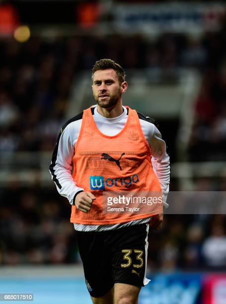 Daryl Murphy of Newcastle United warms up during the Sky Bet Championship Match between Newcastle United and Burton Albion at StJames' Park on April...