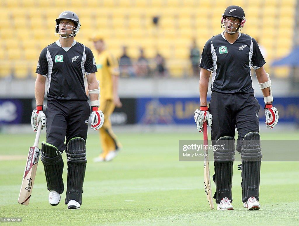 New Zealand v Australia - 5th ODI