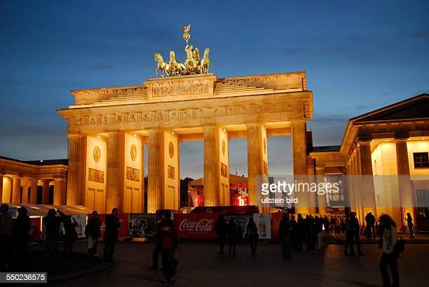 Das Brandenburger Tor am Tag der Deutschen Einheit in Berlin