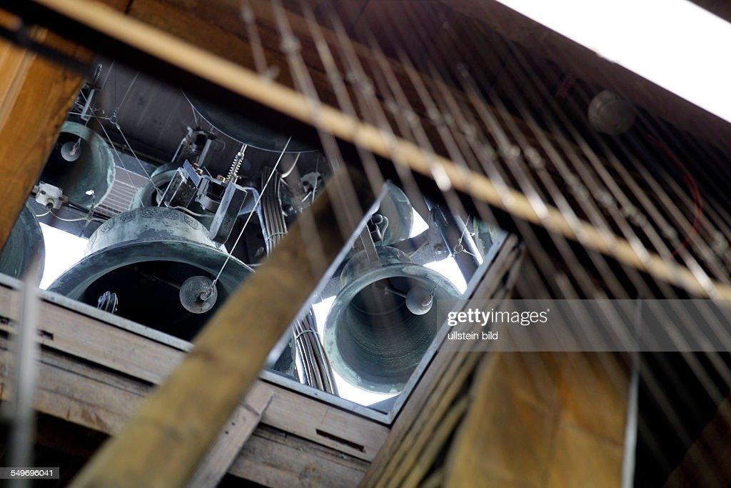 das Carillon das gestimmte über eine Tastatur angeschlagene Glockenspiel Rathausturm der Stadt Köln