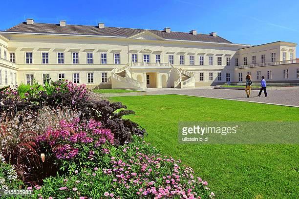 Das Neu erbaute Schloß in den Herrenhäuser Gärten in Hannover