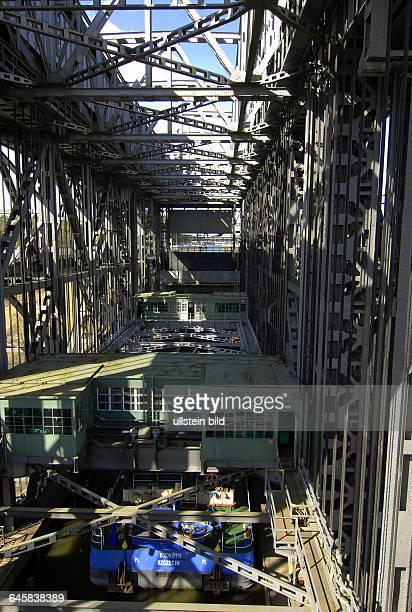 Das Schiffshebewerk Niederfinow feierte 2009 seinen 75zigsten GeburtstagJetzt ist es heute frueh 06 Uhr nach mehrwoechiger Reparaturarbeitwieder in...
