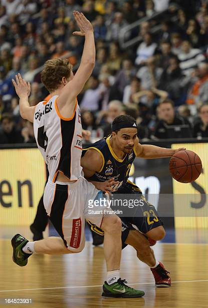 DaSahun Wood of Berlin is challenged by Per Gunther of Ulm during the Beko BBLTop Four final game between Ratiopharm Ulm and Alba Berlin at O2 World...