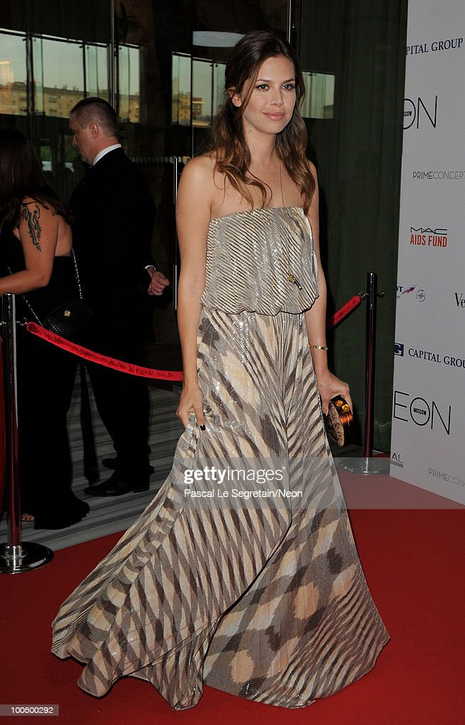 Dasha Zhukova arrives at the NEON Charity Gala in aid of the IRIS Foundation at the Capital City on May 24, 2010 in Moscow, Russia.