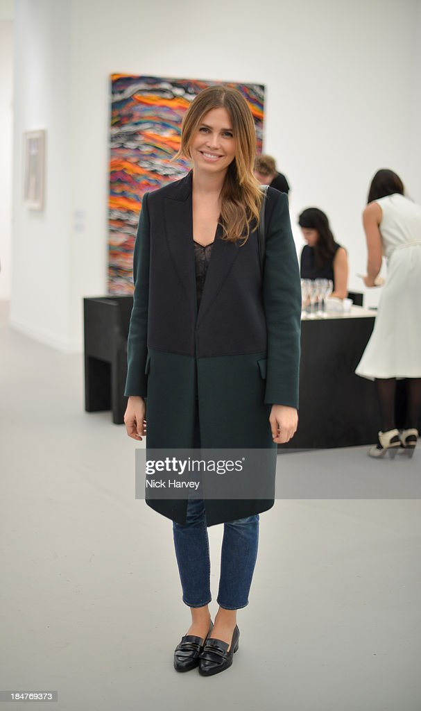 <a gi-track='captionPersonalityLinkClicked' href=/galleries/search?phrase=Dasha+Zhukova&family=editorial&specificpeople=3096703 ng-click='$event.stopPropagation()'>Dasha Zhukova</a> attends the private view for Frieze at on October 16, 2013 in London, England.