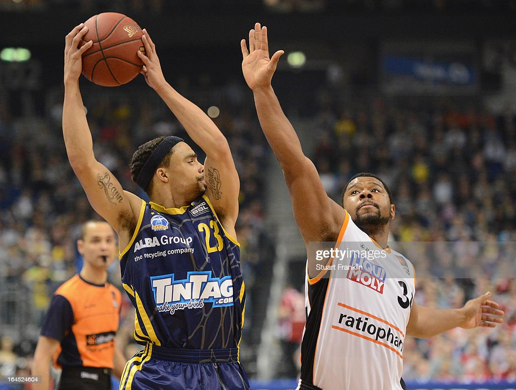 DaShaun Wood of Berlin is challenged by Lance Jeter of Ulm during the Beko BBLTop Four final game between Ratiopharm Ulm and Alba Berlin at O2 World...