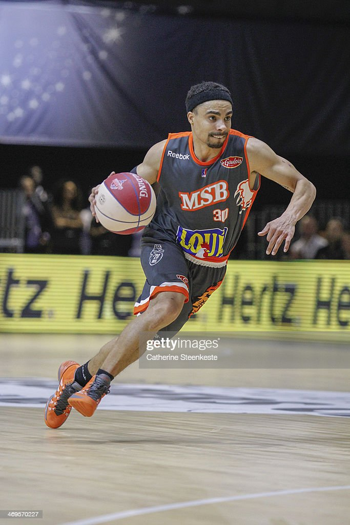 DaShaun Wood of Le Mans brings the ball down during the game between Strasbourg and Le Mans at Disney Events Arena on February 15 2014 in Paris France
