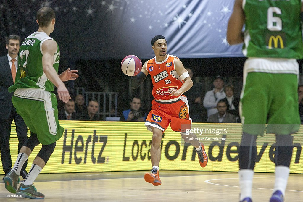 DaShaun Wood of Le Mans is bringing the ball down during the game between Le Mans and Nanterre at Disney Events Arena on February 16 2014 in Paris...