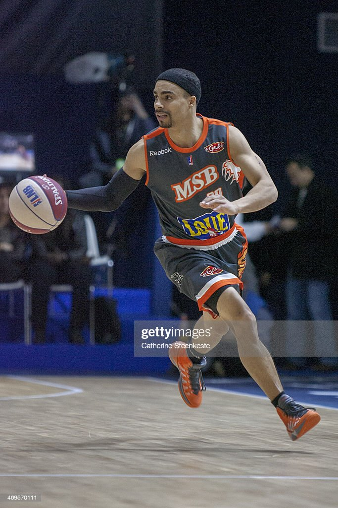 DaShaun Wood of Le Mans is bringing the ball down during the game between Strasbourg and Le Mans at Disney Events Arena on February 15 2014 in Paris...