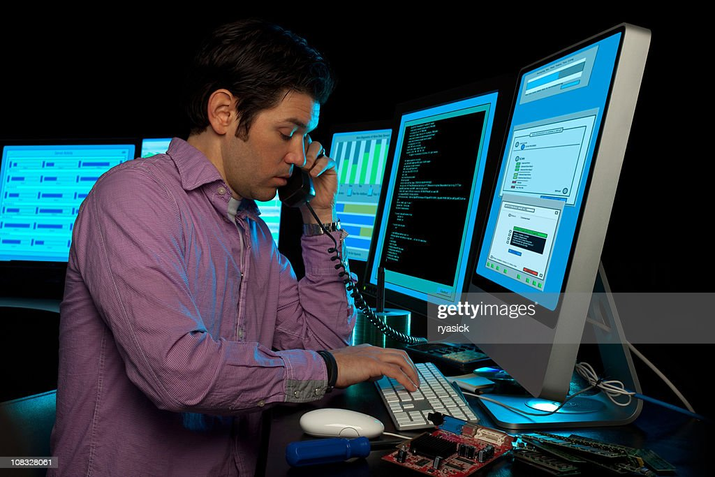 IT Systems Administrator Phone Support : Stock Photo