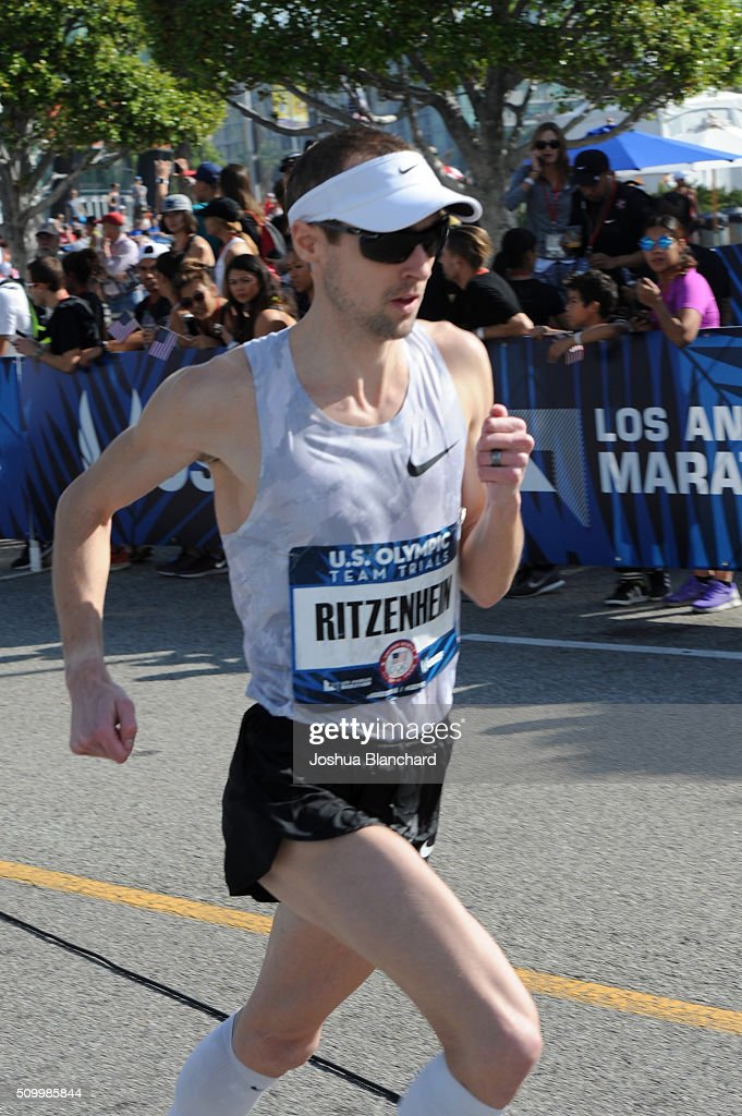 Dathan Ritzenhein warming up before the start of the U.S. Olympic Team Trials Marathon on February 13, 2016 in Los Angeles, California.