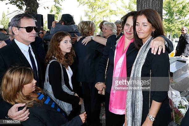 Daughter of Pierre Huth Nathalie HuthGuizol Francis Huster Cristiana Reali with their daughters Toscane and Elisa attend President of FIFA protocol...
