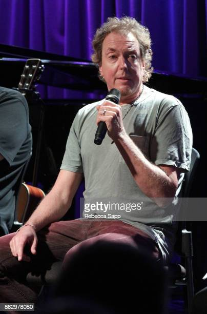 Dave Bassett speaks onstage at Chart Toppers Songwriters/Producers InTheRound Featuring Busbee Dave Bassett Warren 'Oak' Felder And Teddy Geiger at...
