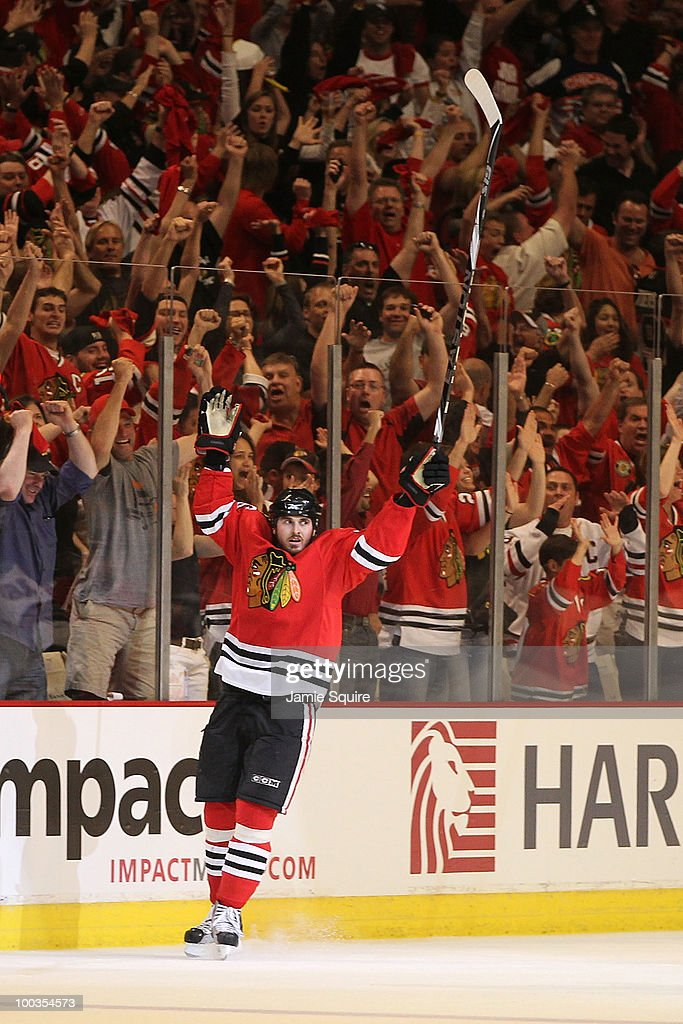 Dave Bolland #36 of the Chicago Blackhawks reacts after scoring a second period goal while taking on the San Jose Sharks in Game Four of the Western Conference Finals during the 2010 NHL Stanley Cup Playoffs at the United Center on May 23, 2010 in Chicago, Illinois.