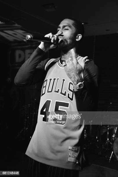 Dave East performs at the 2017 Def Jam Upfronts presented by Honda Stage Pepsi Courvoisier and True Religion at Kola House NYC on May 9 2017 in New...