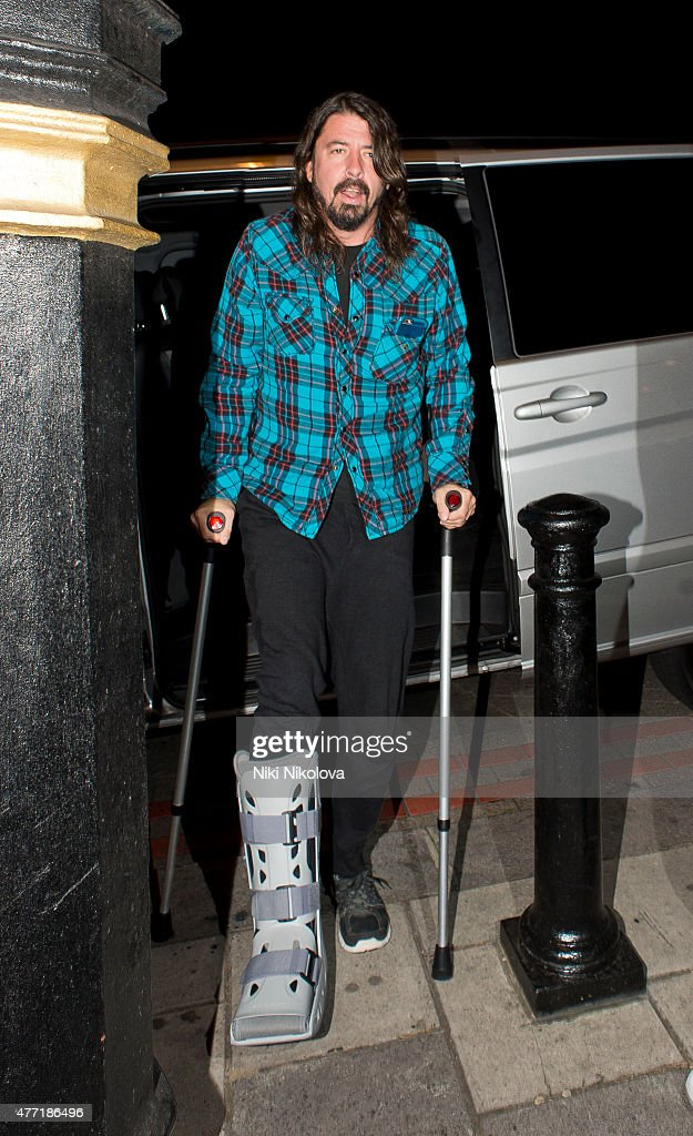 <a gi-track='captionPersonalityLinkClicked' href=/galleries/search?phrase=Dave+Grohl&family=editorial&specificpeople=202539 ng-click='$event.stopPropagation()'>Dave Grohl</a> is seen arriving at his hotel on June 14, 2015 in London, England.