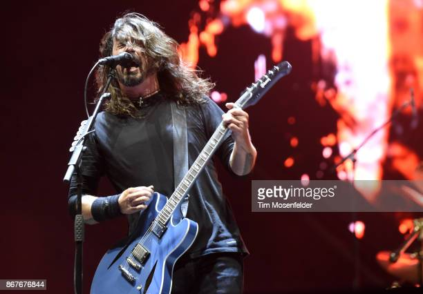 Dave Grohl of Foo Fighters performs during the 2017 Voodoo Music Arts Experience at City Park on October 28 2017 in New Orleans Louisiana