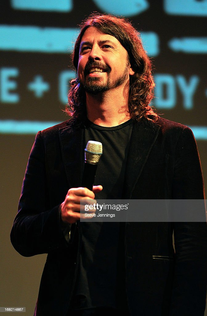 <a gi-track='captionPersonalityLinkClicked' href=/galleries/search?phrase=Dave+Grohl&family=editorial&specificpeople=202539 ng-click='$event.stopPropagation()'>Dave Grohl</a> Q&A following the BottleRock Napa Valley screening of 'Sound City' at The Uptown Theatre on May 6, 2013 in Napa, California.