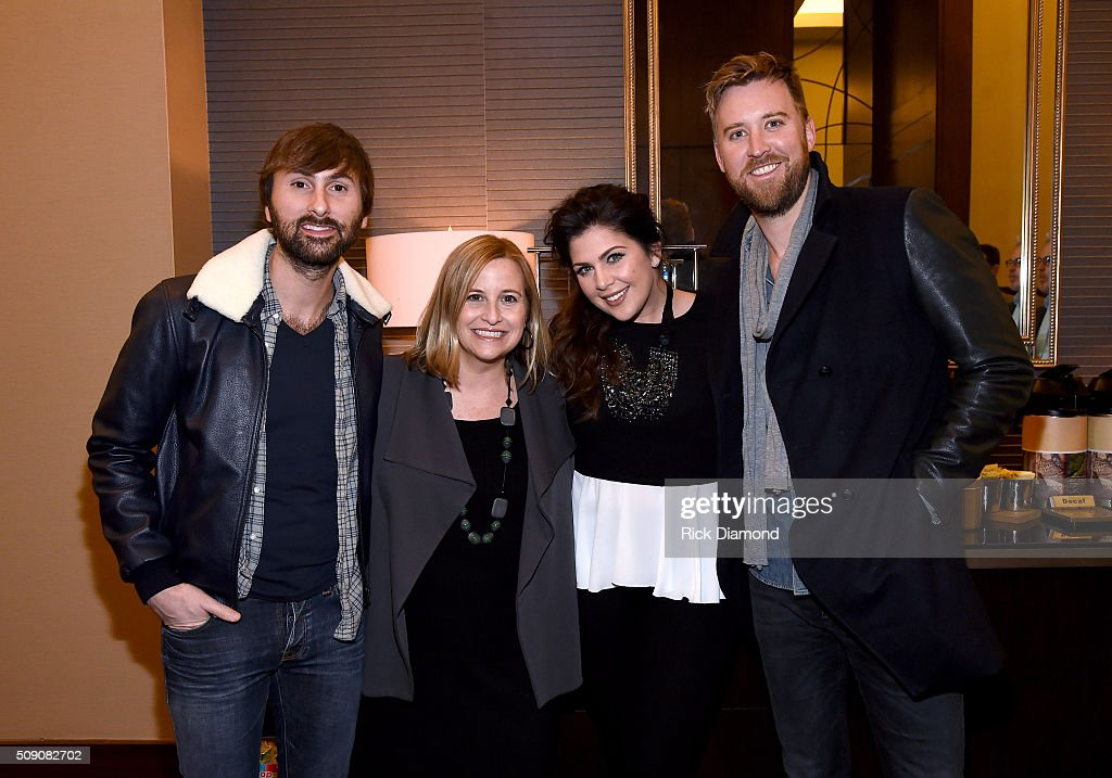 <a gi-track='captionPersonalityLinkClicked' href=/galleries/search?phrase=Dave+Haywood&family=editorial&specificpeople=4620526 ng-click='$event.stopPropagation()'>Dave Haywood</a> of Lady Antebellum, Mayor of Nashville Megan Barry, and <a gi-track='captionPersonalityLinkClicked' href=/galleries/search?phrase=Hillary+Scott+-+Cantante&family=editorial&specificpeople=7335332 ng-click='$event.stopPropagation()'>Hillary Scott</a> and Charles Kelly of Lady Antebellum attend the CRS 2016 at Omni Hotel on February 8, 2016 in Nashville, Tennessee.