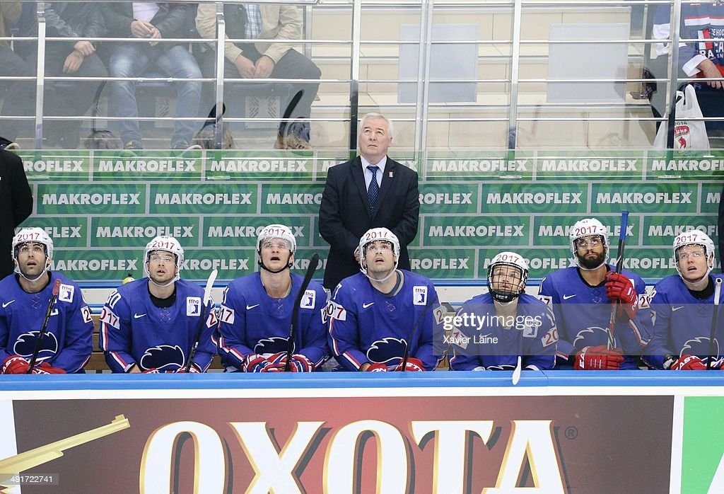 Dave Henderson of France watch the replay with team-mattes during the 2014 IIHF World Championship between France and Norway at Chizhovka arena on may 17,2014 in Minsk, Belarus.