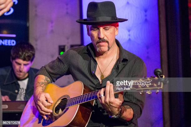 Dave Kushner performs on stage with the Hellcat Saints at An Evening With Rhonda's Kiss Charity at Beauty Essex on October 18 2017 in Los Angeles...