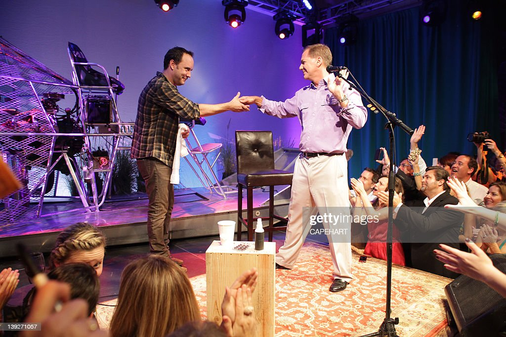 <a gi-track='captionPersonalityLinkClicked' href=/galleries/search?phrase=Dave+Matthews&family=editorial&specificpeople=203324 ng-click='$event.stopPropagation()'>Dave Matthews</a> and Paul Tudor Jones at the 7th Annual Everglades Foundation Gala at The Breakers on February 17, 2012 in Palm Beach, Florida.