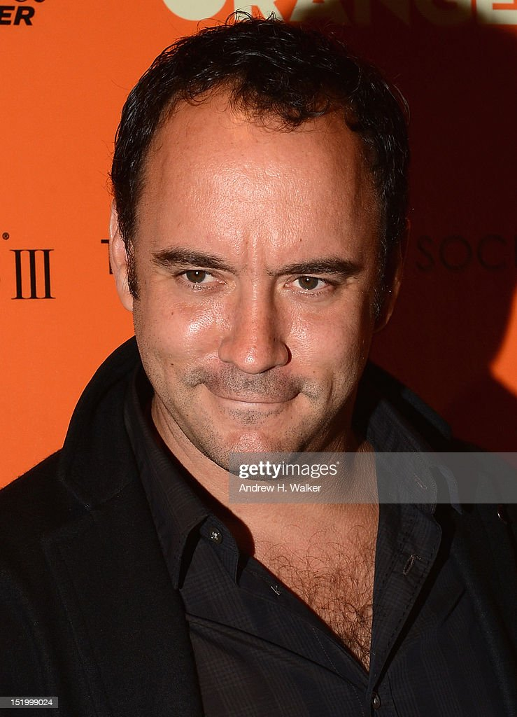 <a gi-track='captionPersonalityLinkClicked' href=/galleries/search?phrase=Dave+Matthews&family=editorial&specificpeople=203324 ng-click='$event.stopPropagation()'>Dave Matthews</a> attends The Cinema Society with The Hollywood Reporter & Samsung Galaxy S III host a screening of 'The Oranges' at Tribeca Screening Room on September 14, 2012 in New York City.