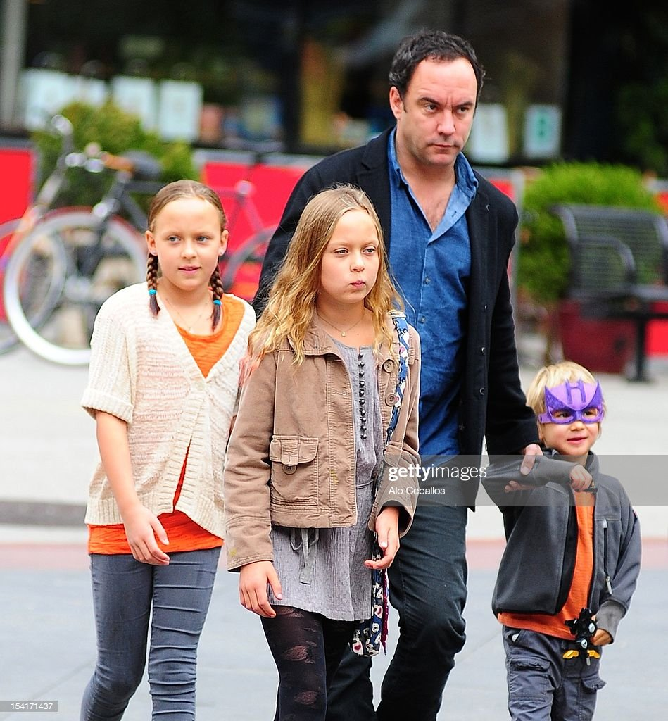 <a gi-track='captionPersonalityLinkClicked' href=/galleries/search?phrase=Dave+Matthews&family=editorial&specificpeople=203324 ng-click='$event.stopPropagation()'>Dave Matthews</a>, Grace Anne Matthews, Stella Busina Matthews and August Oliver Matthews are seen in Tribeca on October 15, 2012 in New York City.
