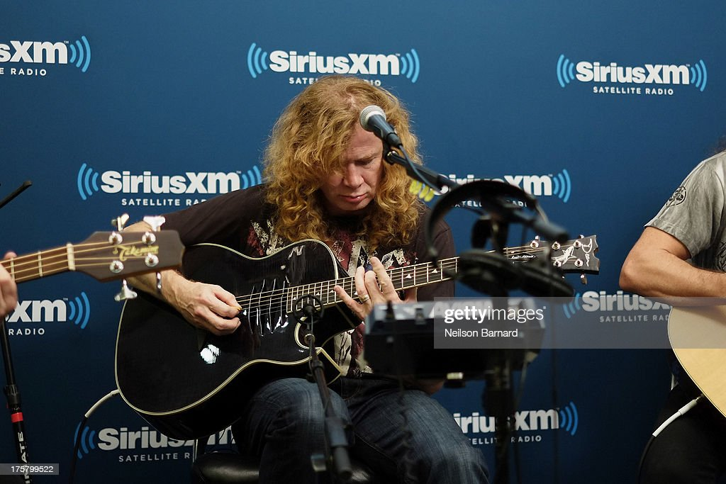 Dave Mustaine of Megadeth performs at SiriusXM Studios on August 8, 2013 in New York City.