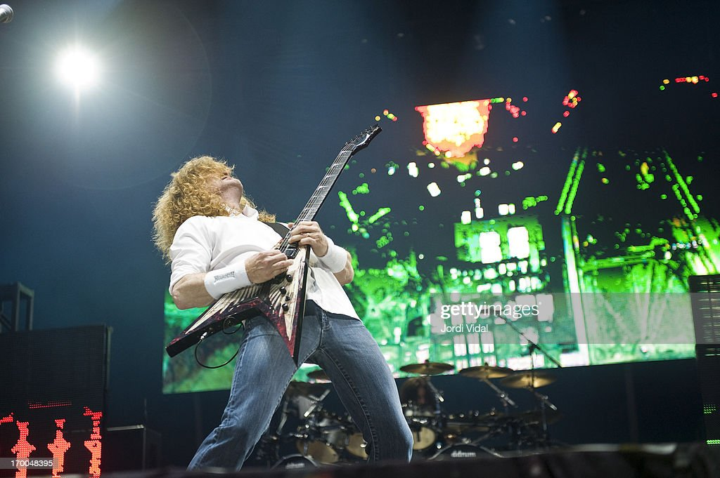 Dave Mustaine of Megadeth performs on stage at Sonisphere Festival 2013 at Parc Del Forum on June 1, 2013 in Barcelona, Spain.