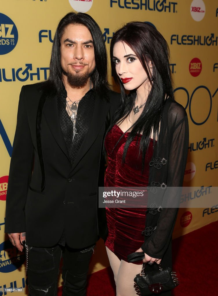 <a gi-track='captionPersonalityLinkClicked' href=/galleries/search?phrase=Dave+Navarro&family=editorial&specificpeople=202159 ng-click='$event.stopPropagation()'>Dave Navarro</a> and Aiden Ashley attend the 2013 XBIZ Awards at the Hyatt Regency Century Plaza on January 11, 2013 in Los Angeles, California.