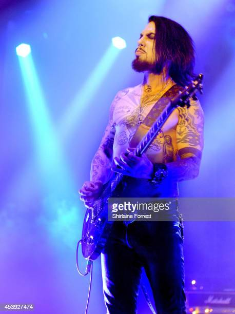 Dave Navarro of Jane's Addiction performs at 02 Apollo Manchester on August 21 2014 in Manchester England